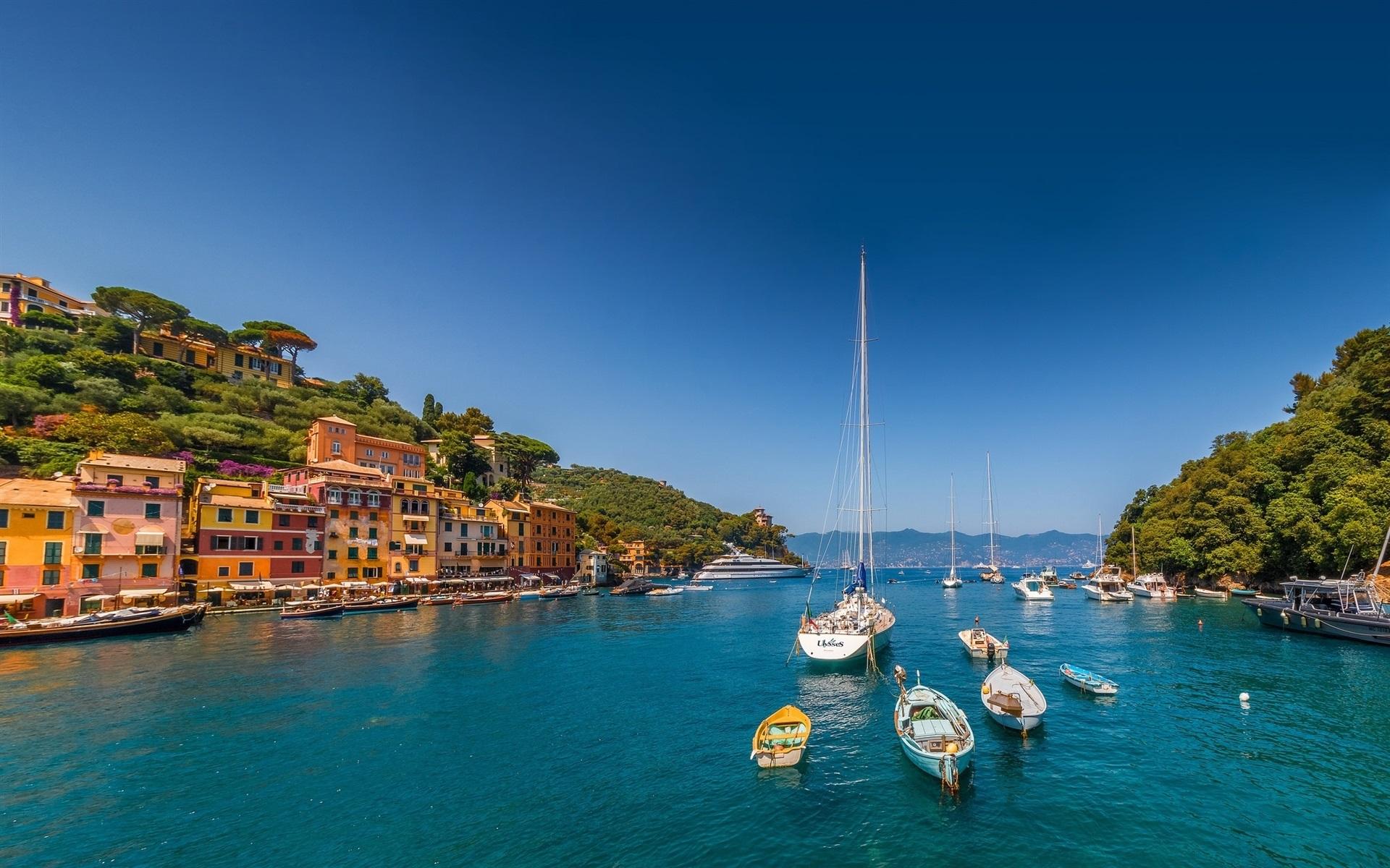 Portofino-Liguria-Italy-sea-yachts-boats-houses-mountains_1920x1200